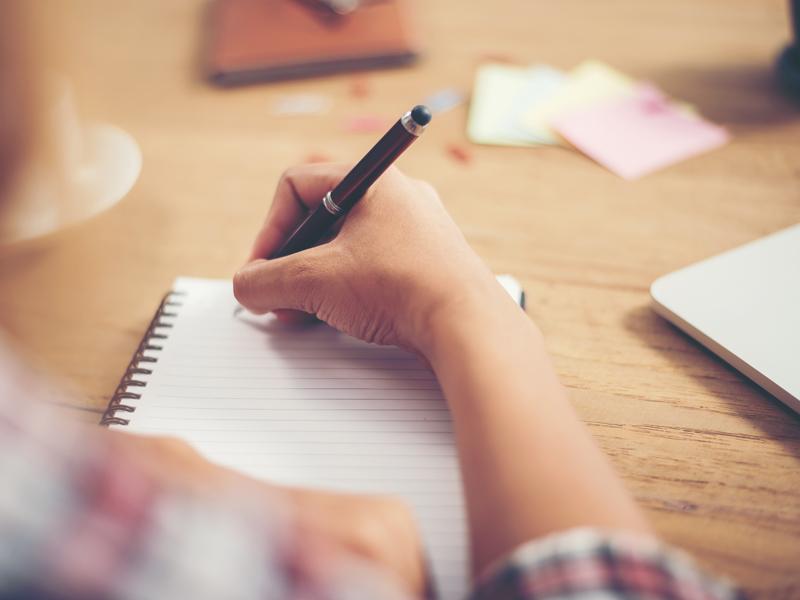 Essay help live chat javascript